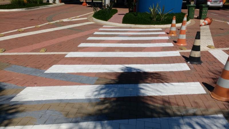 Fornecedor de Sinalização Viária Faixa de Pedestre Jardim Vera Cruz - Sinalização Viária para Estacionamento
