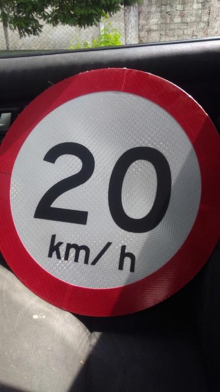 Placa de Sinalização de Rodovias Que Indicam Velocidade Limeira - Placas de Sinalização de Obras em Rodovia